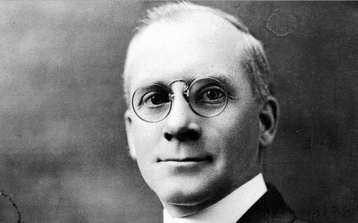 Ο Αμερικανός που έσωσε μόνος 300.000 Έλληνες στη φλεγόμενη Σμύρνη του 1922