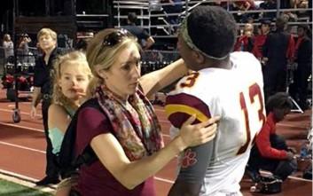 Η εικόνα μίας μαμάς που έγινε viral