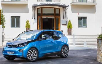 Δοκιμάσαμε τη νέα έκδοση του ηλεκτρικού BMW i3 με μεγαλύτερη μπαταρία