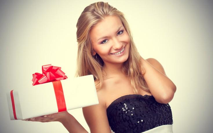 Γυναίκες αποκαλύπτουν τα χειρότερα δώρα που τους έχουν κάνει οι σύντροφοί τους