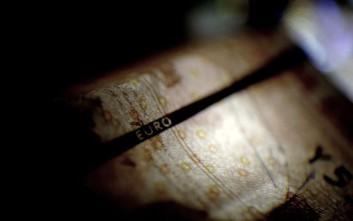 «Τρύπα» 1,7 δισ. στα έσοδα, κάτω από τον στόχο το πλεόνασμα στο 8μηνο