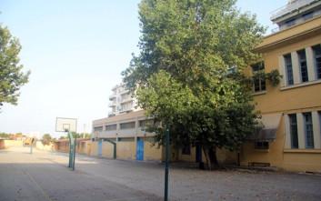 Εγκαινιάστηκε η νέα πτέρυγα του Ε' Γυμνασίου στην οδό Κριεζώτου