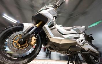 Η Honda επιβεβαιώνει το μέγα «χωμάτινο» Adventure Scooter