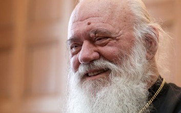 «Αυτά που αποδίδονται στον Αρχιεπίσκοπο υπερβαίνουν τα όρια της πλέον νοσηρής φαντασίας»
