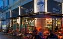 Βγαίνουμε σε αγαπημένα cafes σε πεζόδρομους της Αθήνας