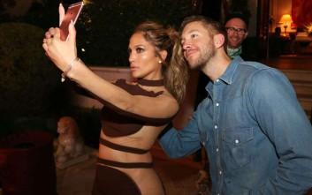 Το σέξι λίκνισμα της Lopez δίπλα στον πρώην της Taylor Swift