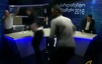 Γεωργιανοί πολιτικοί πλακώθηκαν στο ξύλο σε ντιμπέιτ