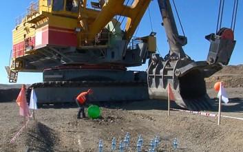 Τι μπορεί να κάνει ένας ανθρακωρύχος στο Καζακστάν όταν... βαριέται στη δουλειά