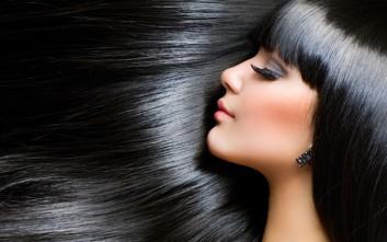 Τρεις συνήθειες που κάνουν κακό στα μαλλιά σας
