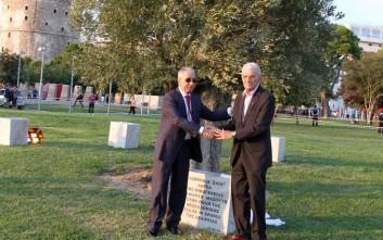 Μια αιωνόβια ελιά δώρισε η οικογένεια Μασούτη στη Θεσσαλονίκη