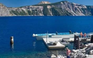 Το μυστήριο του «Old Man» που επιπλέει εδώ και χρόνια σε λίμνη του Όρεγκον