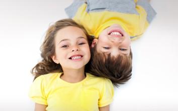 Όμορφα παιδικά χαμόγελα