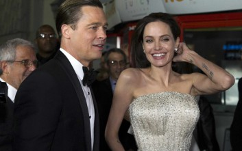 Δαχτυλίδι αρραβώνων αξίας 250.000 δολαρίων είχε χαρίσει ο Pitt στην Jolie