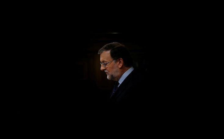 Η Μαδρίτη κήρυξε την άρση της αυτονομίας της Βαρκελώνης
