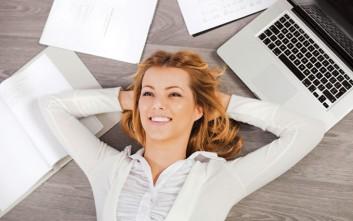 Αντιμετωπίστε το εργασιακό άγχος με σωστή διατροφή