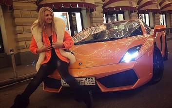 Ψάχνουν την 25χρονη πλούσια Ρωσίδα που οδηγούσε… στο δρόμο του Πούτιν