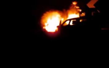 Αυτοκίνητο κάηκε στην Εγνατία Οδό
