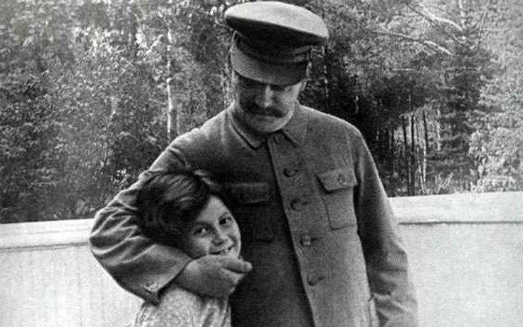 Τραγικά περιστατικά από τη ζωή του Στάλιν με τα παιδιά του