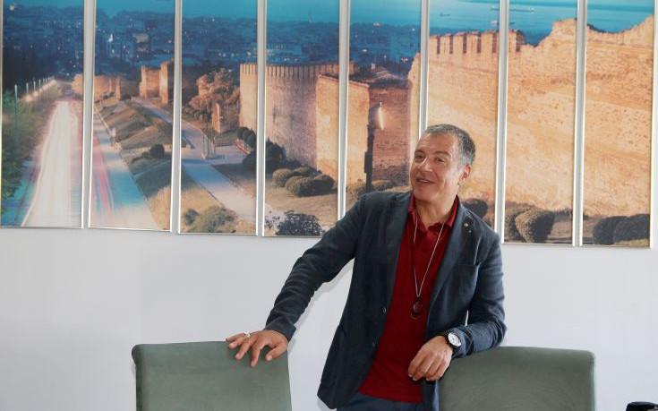 Θεοδωράκης για Πελεγρίνη: Απλά ψεύτης