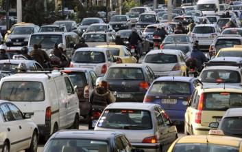Καραμπόλα πέντε οχημάτων στην Περιφερειακή Θεσσαλονίκης