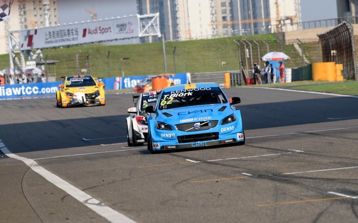 Πρώτη νίκη της Volvo στο WTCC