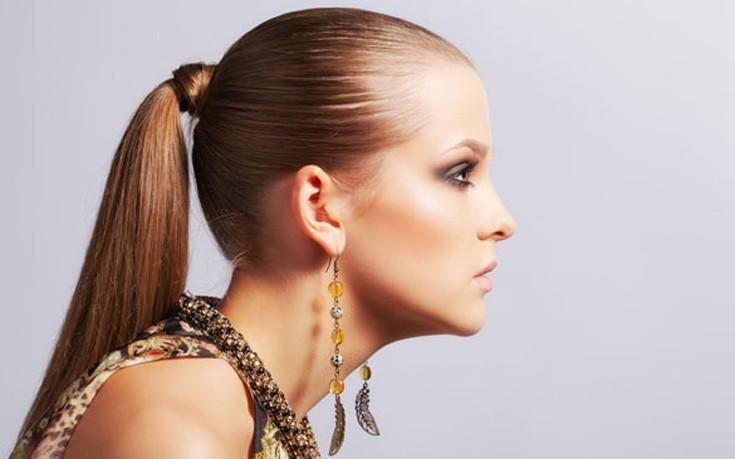 Προστατεύστε τα μαλλιά σας από το styling