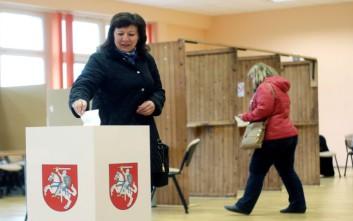 Το κεντρώο LGPU αναδεικνύεται πρώτο κόμμα στη Λιθουανία