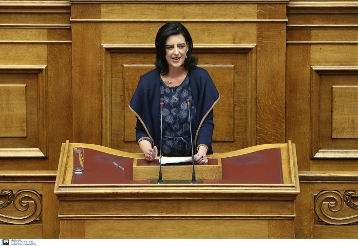 Βάκη: Η επιστροφή των συλλογικών συμβάσεων εργασίας είναι κόκκινη γραμμή για την κυβέρνηση