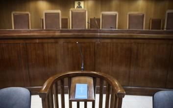 Μειωμένη ποινή για άνδρα που είπε ψέματα ότι σκότωσε πέντε ανθρώπους στο Βόλο