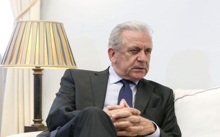 Αβραμόπουλος: Η Κύπρος έχει επωμιστεί μεγάλο βάρος στις προσφυγικές ροές