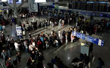 Σε ανοδική τροχιά η κίνηση των επιβατών στα ελληνικά αεροδρόμια