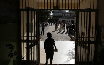 Επίθεση Χρυσαυγιτών με επικεφαλής τον Λαγό σε σχολείο στο Πέραμα