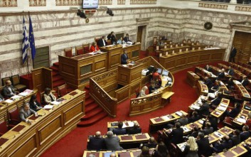 Συζήτηση εφ' όλης της ύλης με «εκρηκτικό μείγμα» στη Βουλή