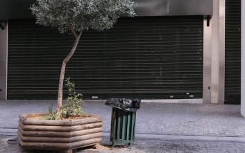 Οι έμποροι στην Αθήνα ανησυχούν για την ασφάλεια των κλειστών καταστημάτων