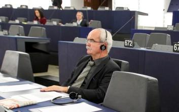 Τα «πυρά» των ευρωβουλευτών συγκέντρωσε ο Μπαρόζο για την Goldman Sachs