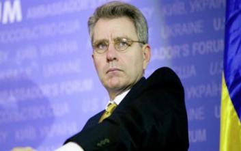 Πάιατ: Ξεκάθαρη ευκαιρία να λυθεί το Σκοπιανό