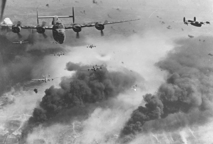 B-24D's_fly_over_Polesti_during_World_War_II