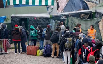 Επιχείρηση απομάκρυνσης μεταναστών στο Παρίσι