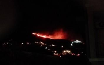 Υπό έλεγχο η μεγάλη πυρκαγιά στη Σύρο