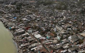 Έφτασαν στους 842 οι νεκροί στην Αϊτή από τον τυφώνα Μάθιου