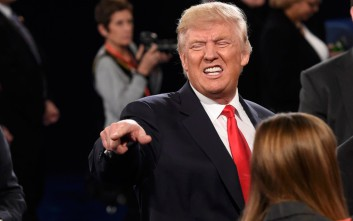 Τραμπ: Η εκλογή της Κλίντον θα βύθιζε τη χώρα σε σοβαρή πολιτική κρίση