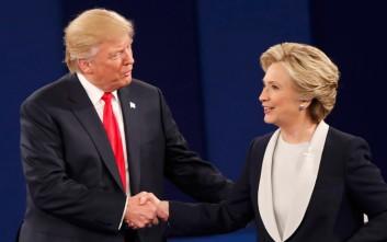 Στο κυνήγι των αναποφάσιστων Κλίντον και Τραμπ