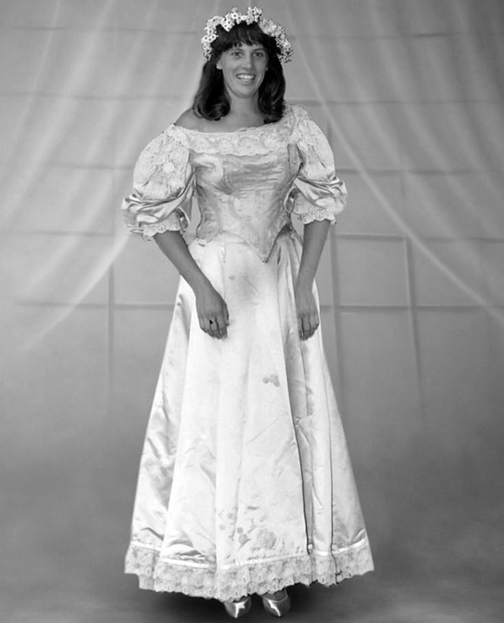 ann-dress