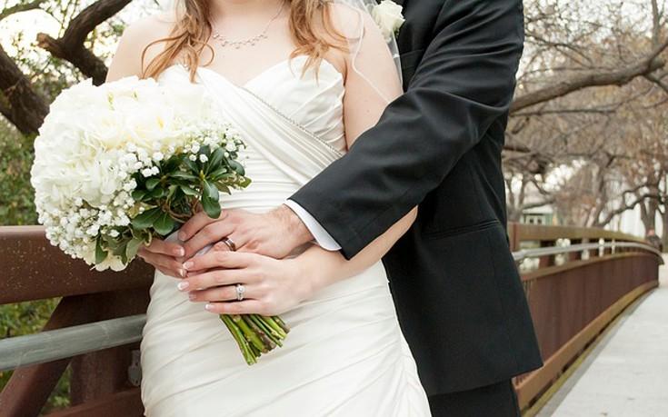 Η 24χρονη που παντρεύτηκε τον εκατομμυριούχο παππού της χωρίς να το ξέρει