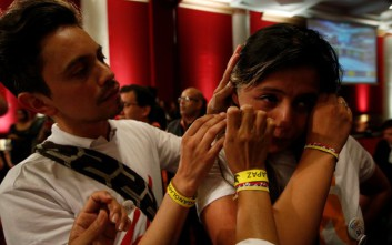 Αιφνιδιασμός στην Κολομβία, οι πολίτες απέρριψαν τη συμφωνία ειρήνης με τη FARC