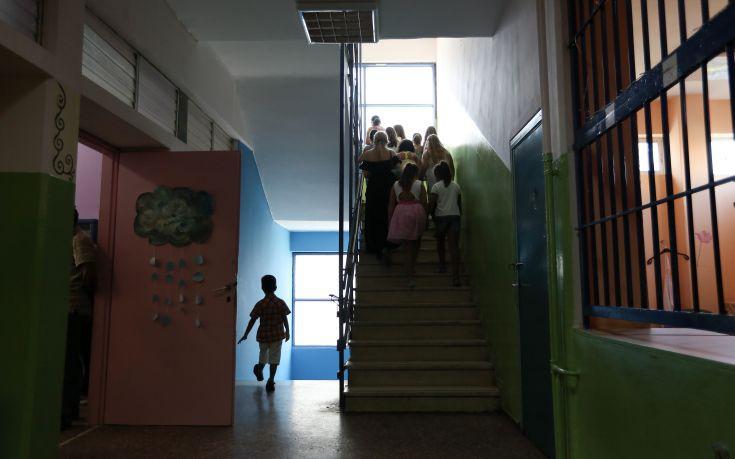 Ξεκίνησαν τα Σχολικά Γεύματα σε δημοτικά σχολεία στη Νεάπολη και τη Βόλβη