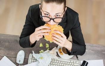 Πως επηρεάζει το βάρος μας το συνεχές στρες