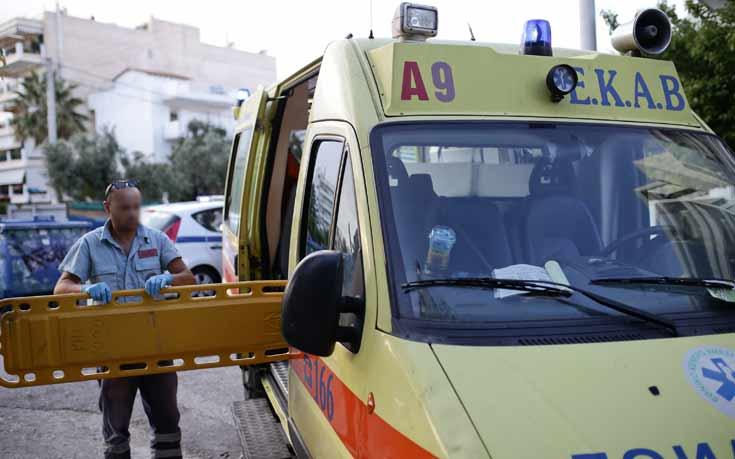 Νεκρός οδηγός από εκτροπή φορτηγού στη Χαλκιδική