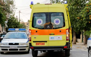 Μηχανάκι παρέσυρε δύο μαθήτριες στη Λάρισα