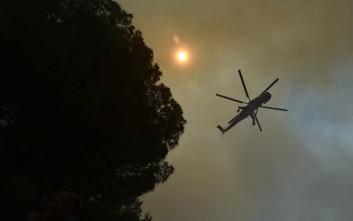 Απειλούνται κατοικίες από την πυρκαγιά στην Άνδρο